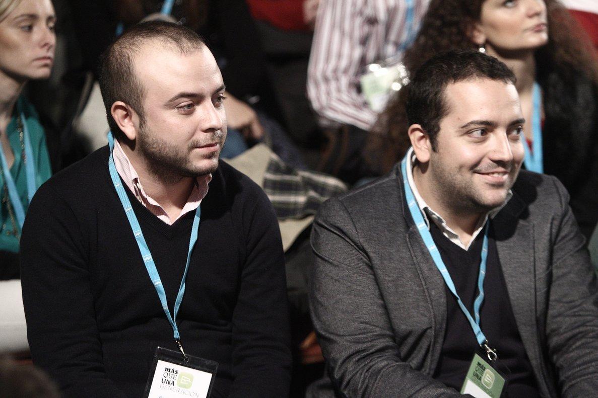 Ángel Carromero (izquierda)director general de coordinación de la alcaldía de Madrid.