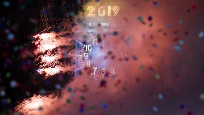 Desde París hasta Nueva York, miles de personas han dado la bienvenida al 2019.