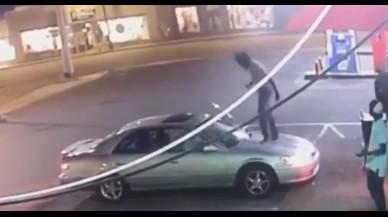 Violento ataque a una mujer por no darle su teléfono y decir que es lesbiana