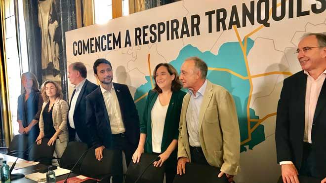 Barcelona multará a los vehículos más contaminantes a partir de abril.