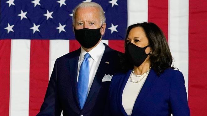 Biden y Harris protagonizan su primer acto de campaña como compañeros de fórmula.