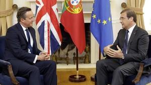 Cameron (esquerra), durant la seva trobada amb Passos Coelho, a Lisboa, aquest divendres.