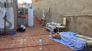Azotea de la calle Hospital de Barcelona en la que vivian las victimas obligadas a mendigar