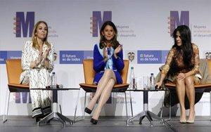 Convocatoriapara premio de periodismo sobre temas de empoderamientofemenino en Colombia.