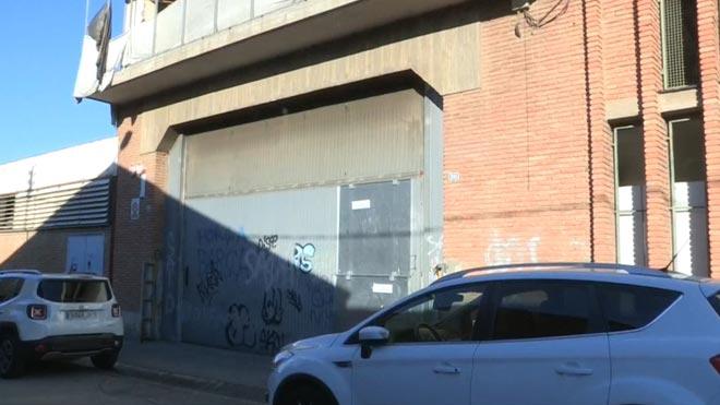 Detenidos varios hombres por una presunta agresión sexual a una joven en Sabadell. Imágenes del lugar donde sucedieron los hechos.
