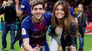 Sergi Roberto y su novia, la modelo Coral Simanovich.