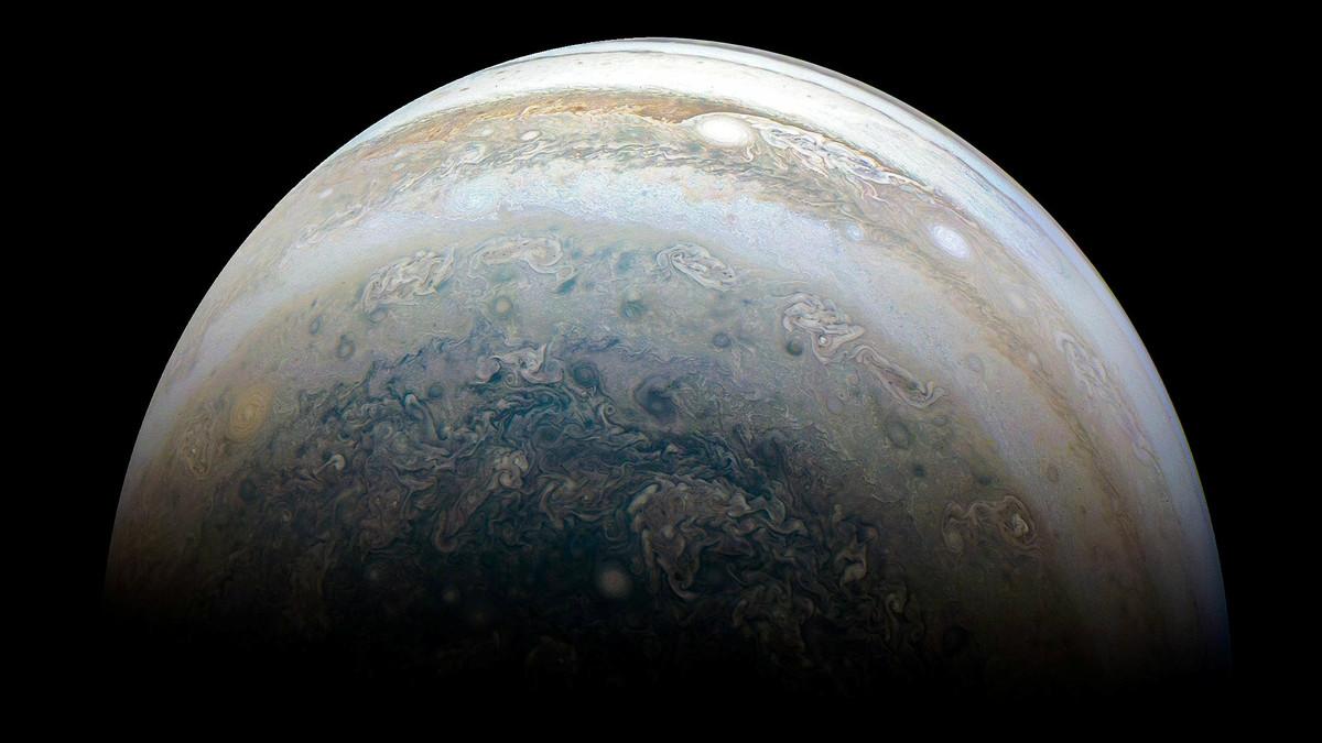 """Júpiter tiene 11 lunas nuevas y un """"bicho raro"""" en su órbita"""