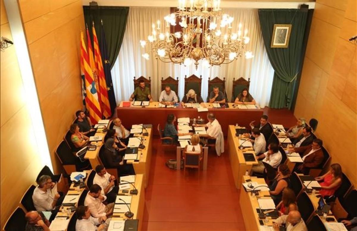 Pleno municipal del Ayuntamiento de Badalona.