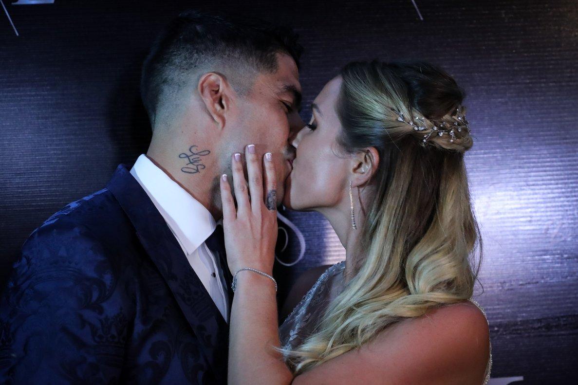 Luis Suárez y su esposa Sofía Balbi.