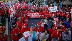 Manifestación de mayores por unaS pensiones dignas, esta mañana en Madrid.