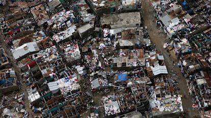 Los muertos en Haití por el huracán 'Matthew' se elevan a más de 800