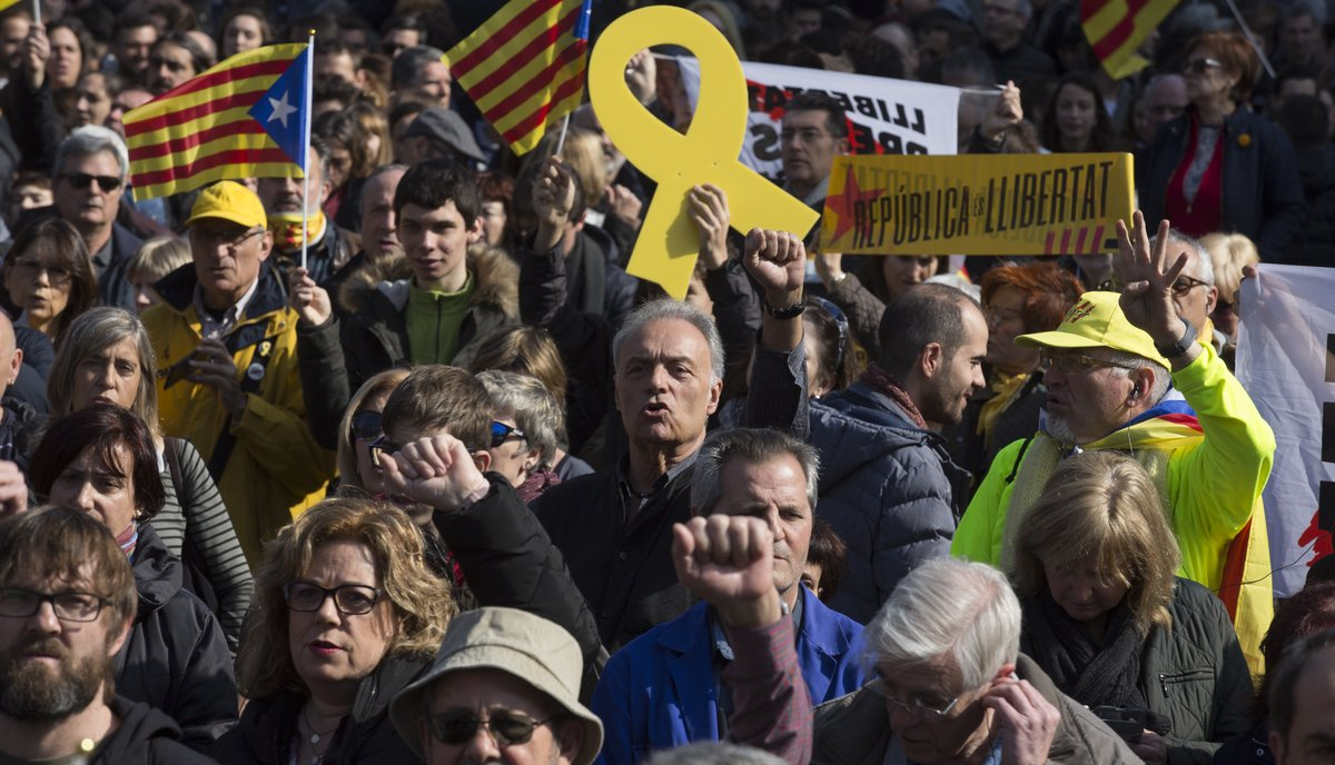 El independentismo convoca huelga general en Catalunya el 11 de octubre