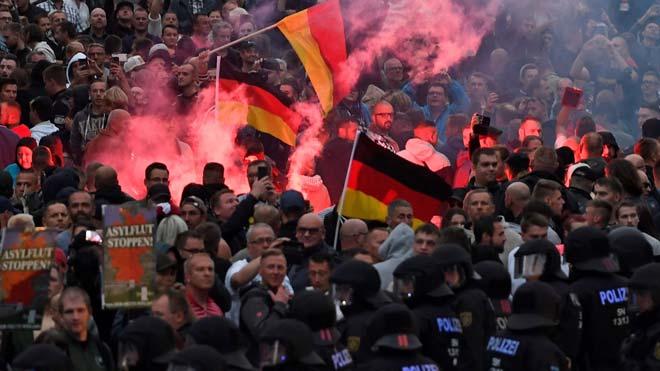 La muerte de un hombre provoca una concentración de neonazis en Chemnitz (Alemania)