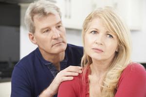 Síndrome del niu buit: quatre trucs per evitar la tristesa quan els fills se'n van de casa