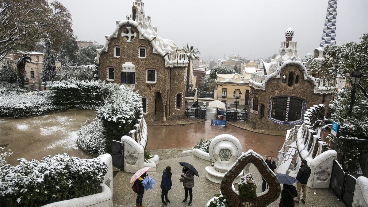 Nieve en el Park Güell, en Barcelona, el pasado miércoles.