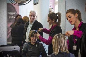 """""""Fui al peluquero y me cobró 130 euros; 10 por el corte y 120 por escuchar mis problemas"""""""