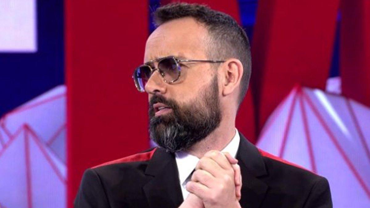 Risto Mejide apoya a sus compañeros de 'Noticias Cuatro' en 'Todo es mentira'