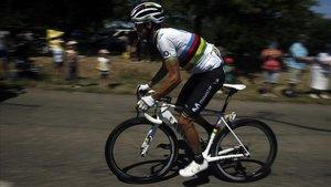 El campeón del mundo, Alejandro Valverde, durante la quinta etapa del Tour.