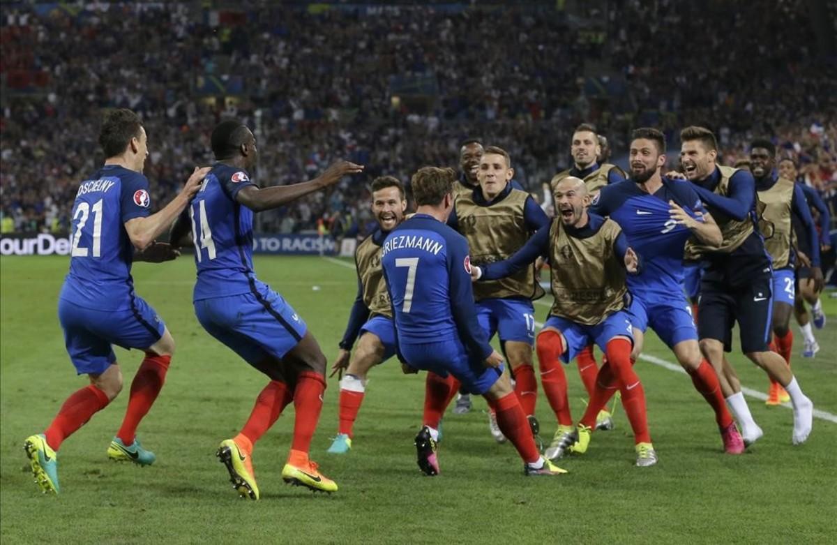 La selección francesa celebra el gol de Antoine Griezmann ante Albania.