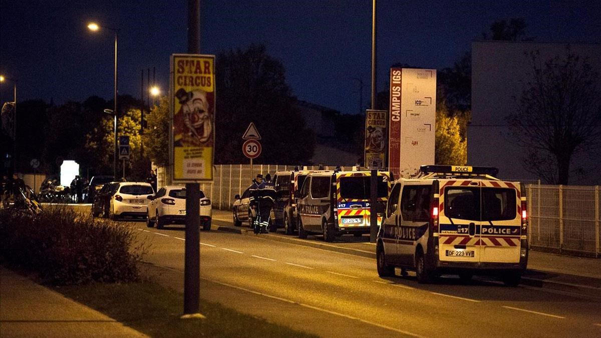 Tres estudiants xinesos ferits en un atropellament múltiple a Tolosa.