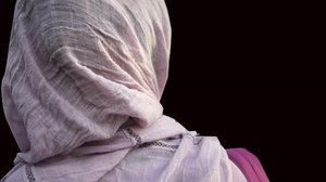 Expulsada una estudiant de Lleida de les seves pràctiques per portar hijab