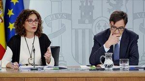 María Jesús Montero y Salvador Illa, este martes en la Moncloa.