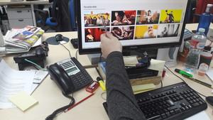 Un usuario accede a la pestaña de Filmin que agrupa las películas que hoy serían delito.