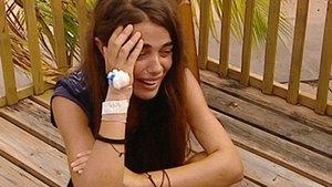Violeta, hundida tras conocer que tiene que abandonar 'Supervivientes' por motivos médicos