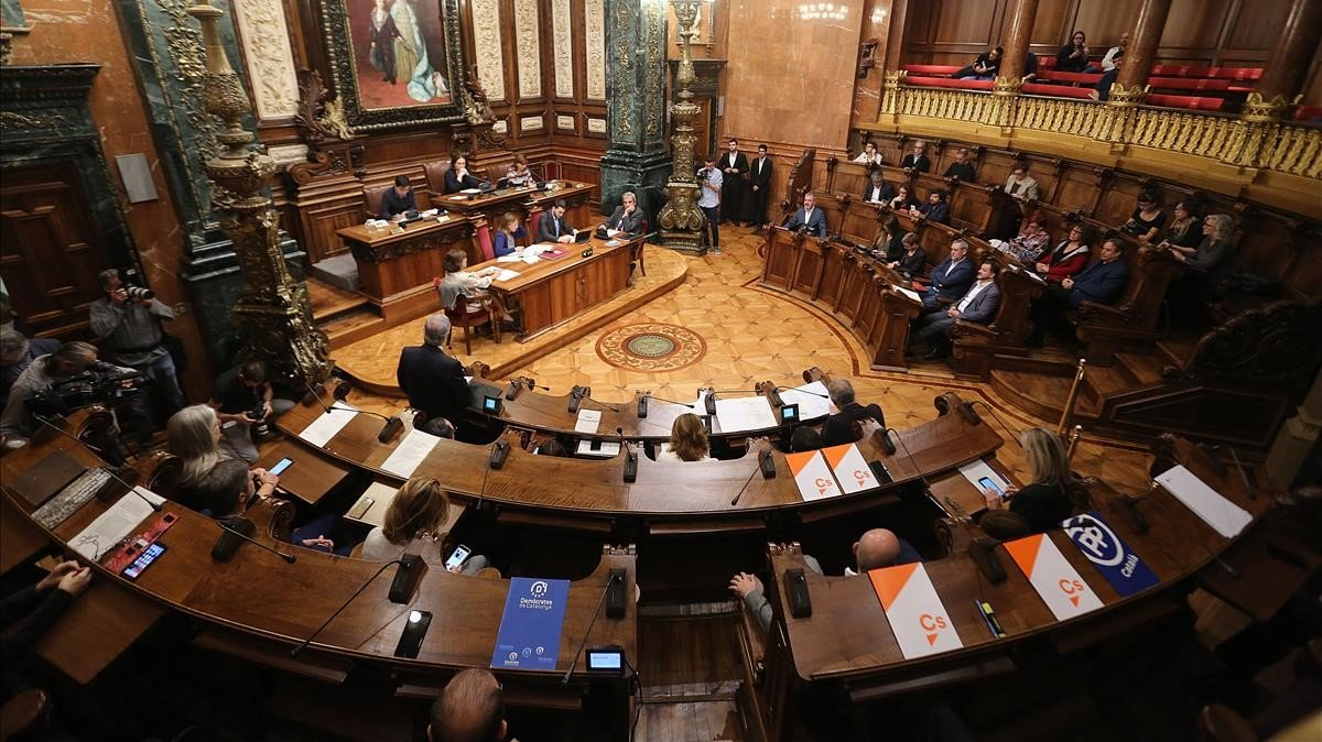 Pleno municipal de Barcelona.