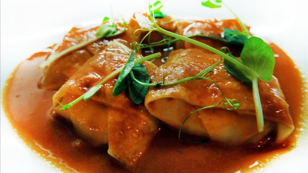 Receta de ravioli de 'txangurro' con salsa americana
