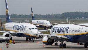 El malson de 200 passatgers espanyols atrapats en un vol de Ryanair a Praga