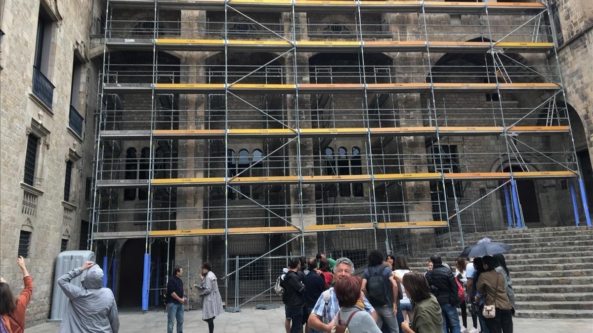 Barcelona refuerza los contrafuertes del Saló del Tinell
