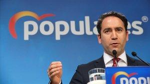 El PP descarta de ple abstenir-se: «És millor per a Espanya que Sánchez no sigui investit»