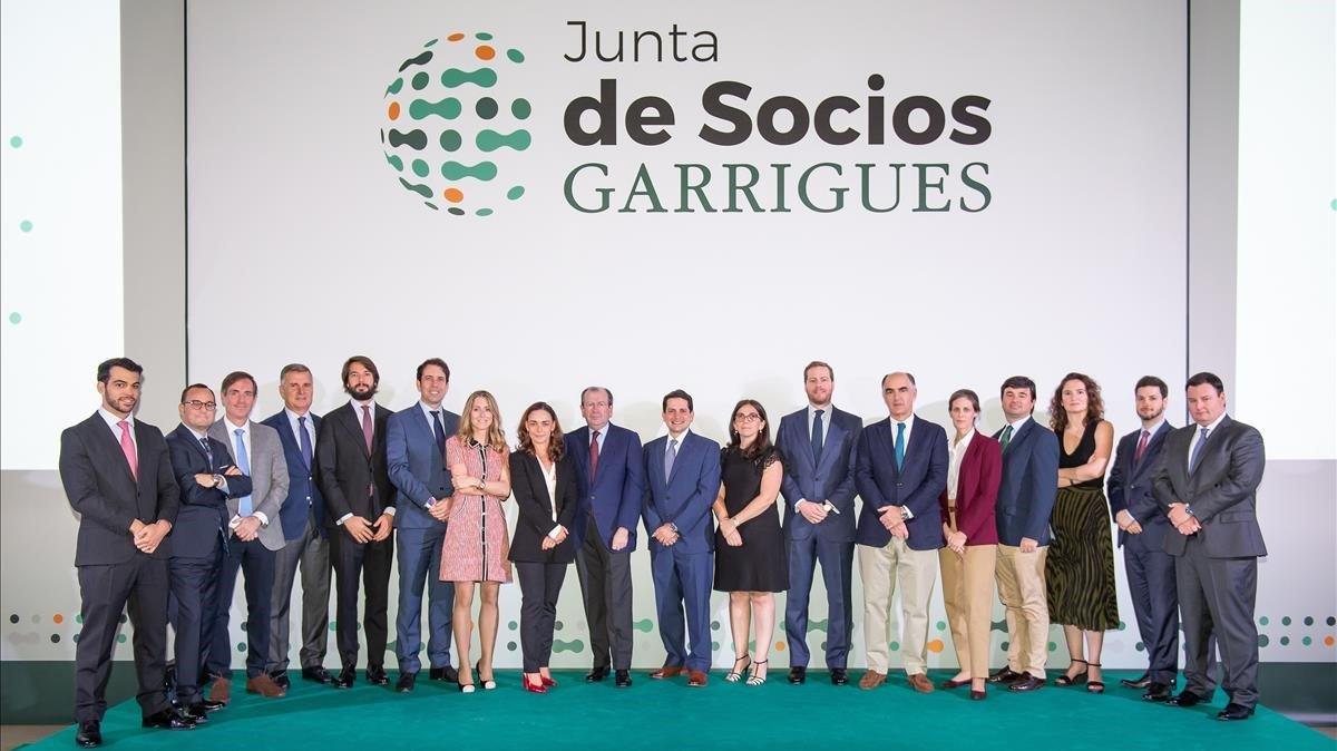 Garrigues suma tres nuevos socios en Barcelona