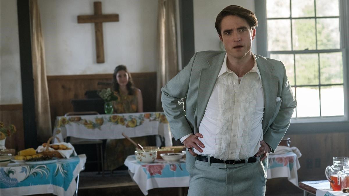 Robert Pattinson en una imagen de 'El diablo a todas horas'.