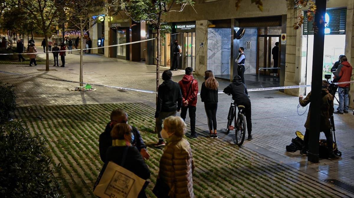 Les entitats demanen més formació a la policia sobre com tractar els 'sensesostre'