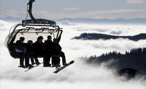 Merkel busca consens per tancar les estacions d'esquí a Europa per evitar contagis