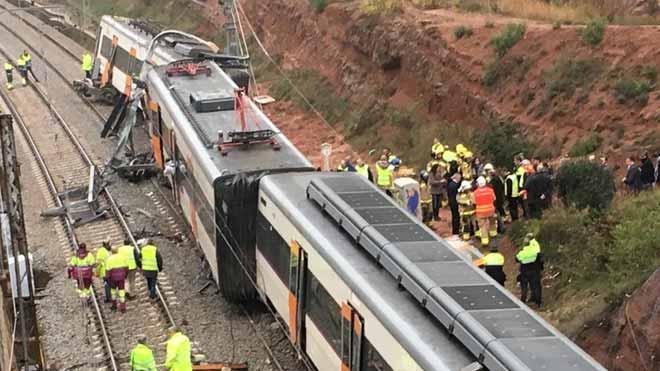 Accidente de tren en Vacarisses por un desprendimiento de tierras.