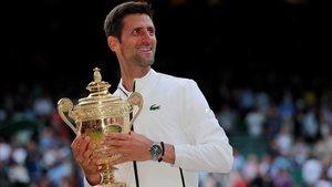 Djokovic derrota Federer en la final més llarga de Wimbledon