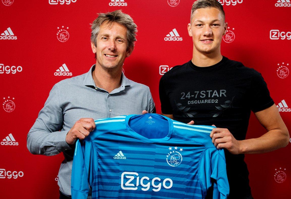 El desternillante video del Ajax con su nuevo fichaje