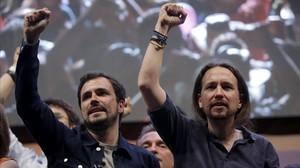 Alberto Garzón y Pablo Iglesias, en el cierre de campaña de Podemos el pasado 24 de junio.
