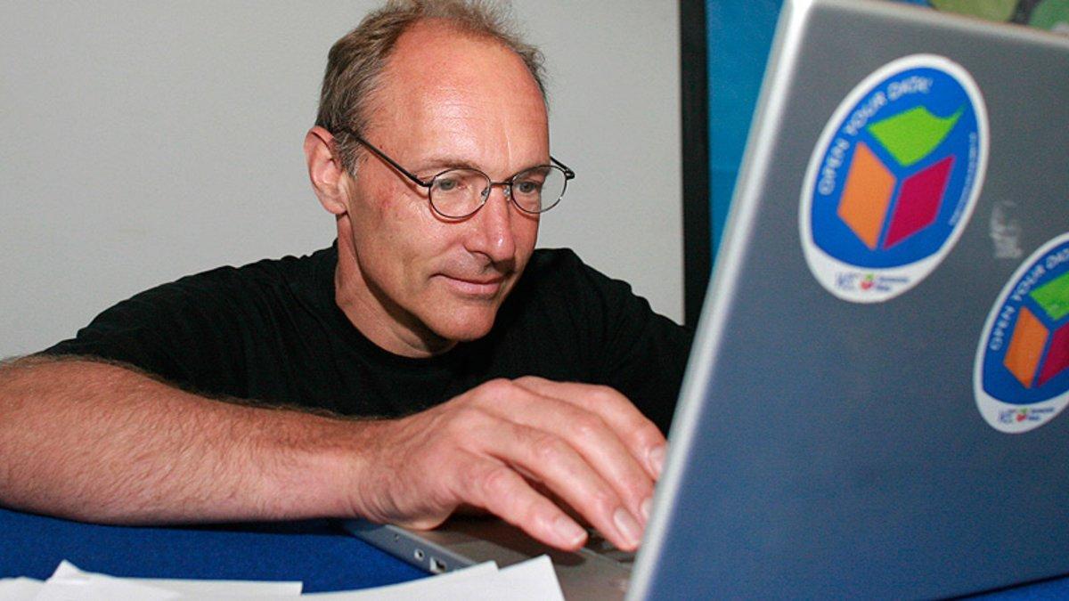 Aniversari d'internet: Així es va inventar la World Wide Web