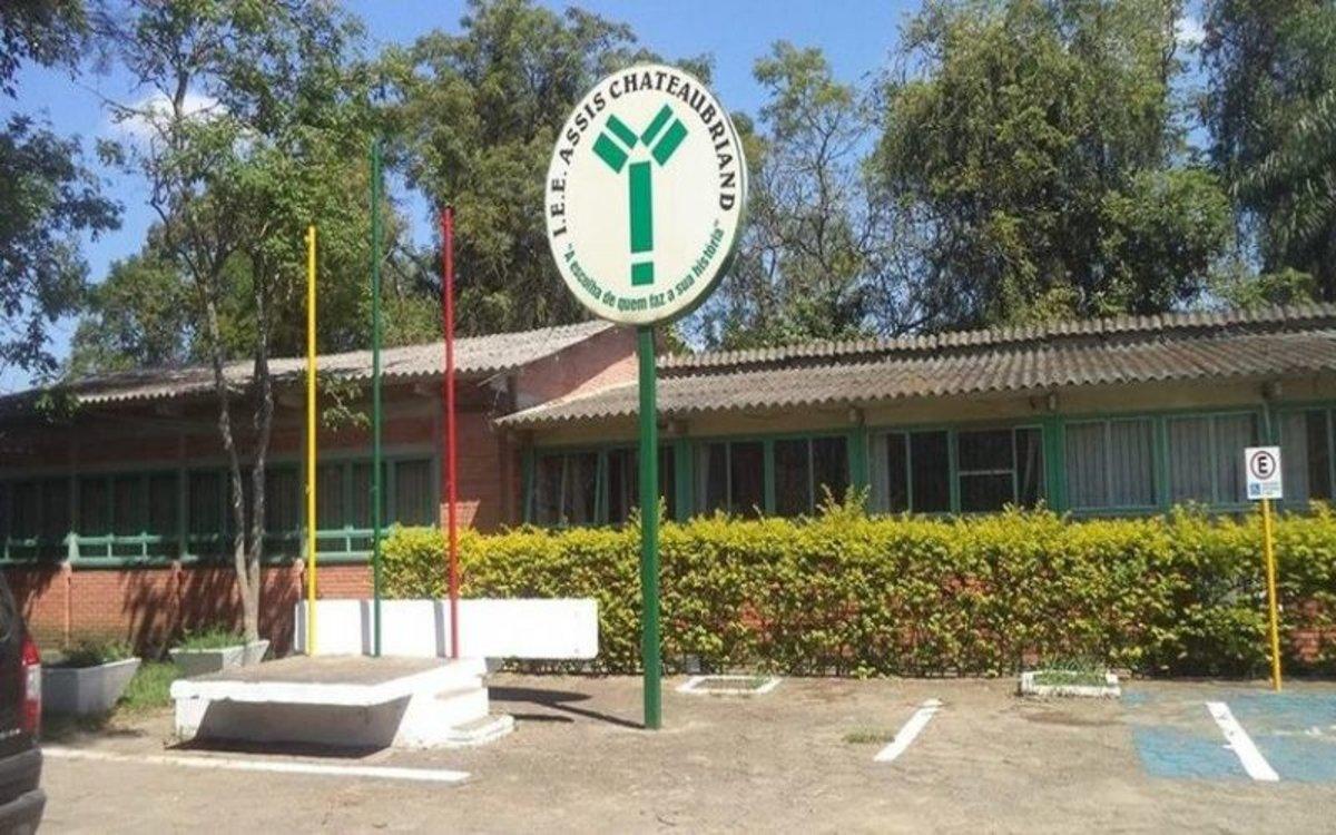 Instituto Estadual de Educación Assis Chateaubriand de Brasil.