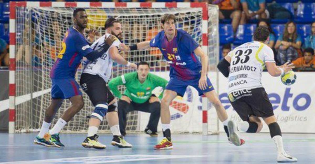 Los jugadores del Barça se despiden de la Liga con victoria en el Palau.