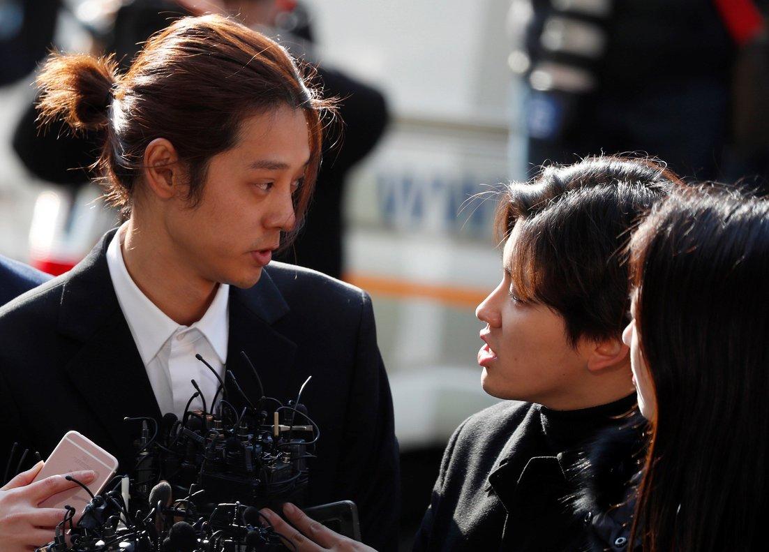El cantante Jung Joon-young ha sido condenado a 6 años de cárcel por participar en violaciones en grupo y difundir vídeos de las víctimas.