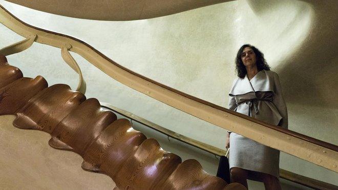 La cirujana Toñi Lequerica, gran admiradora de la Casa Batlló, conoce bien estos peldaños porque ha visitado varias veces el edificio.