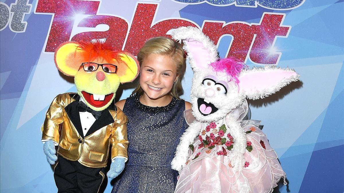 Darci Lynne, con sus peluches Óscar (izquierda) y Petunia, este miércoles.