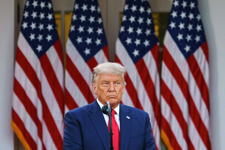 Un Trump dubitativo casi admite su derrota frente a Biden