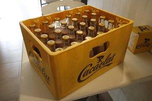 Caja de Cacaolat.