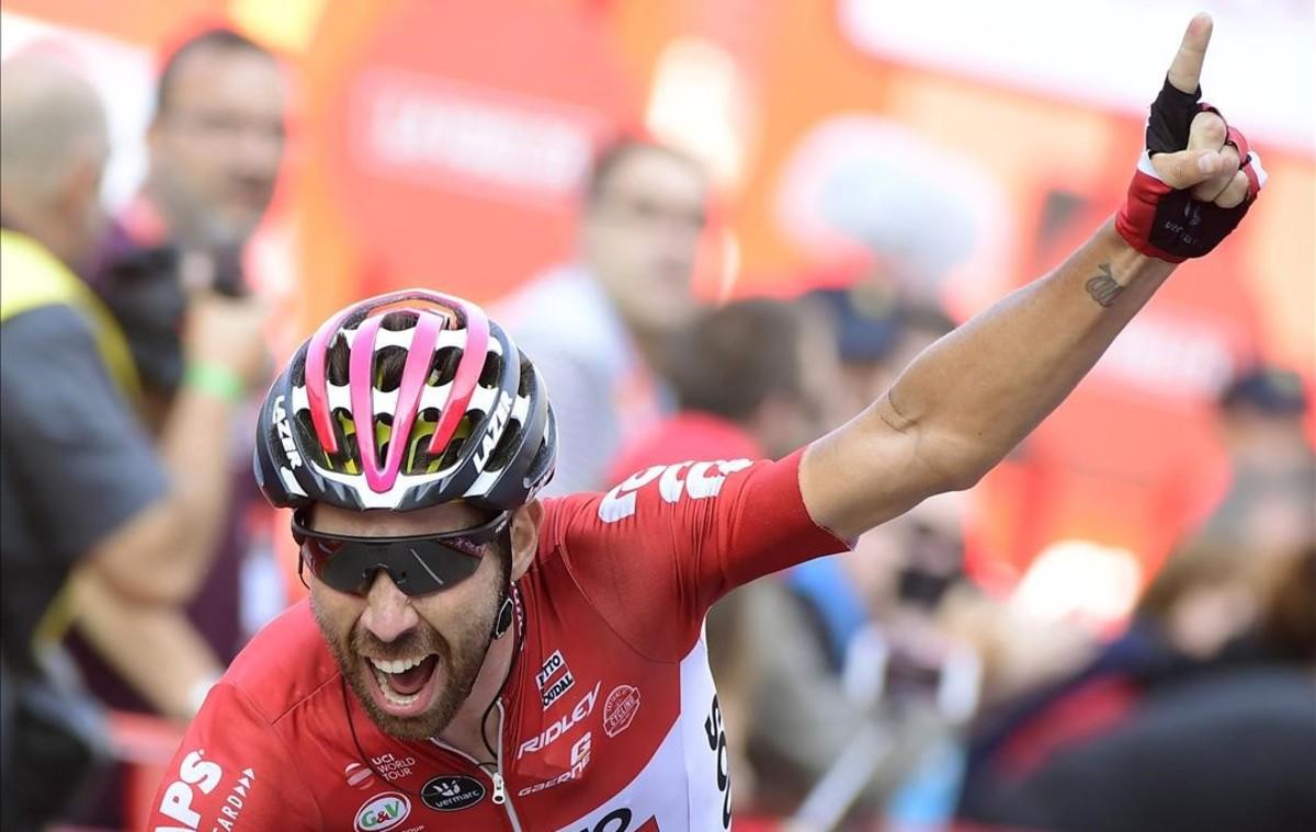 El ciclista belga Thomas de Gendt se impone en Gijón.